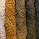 Купить полиэфирный шнур для вязания ковров